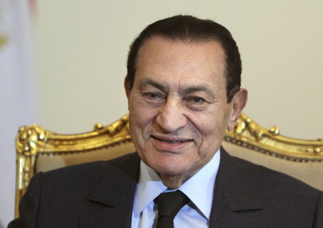 Hosni Mubarak : AP Photo